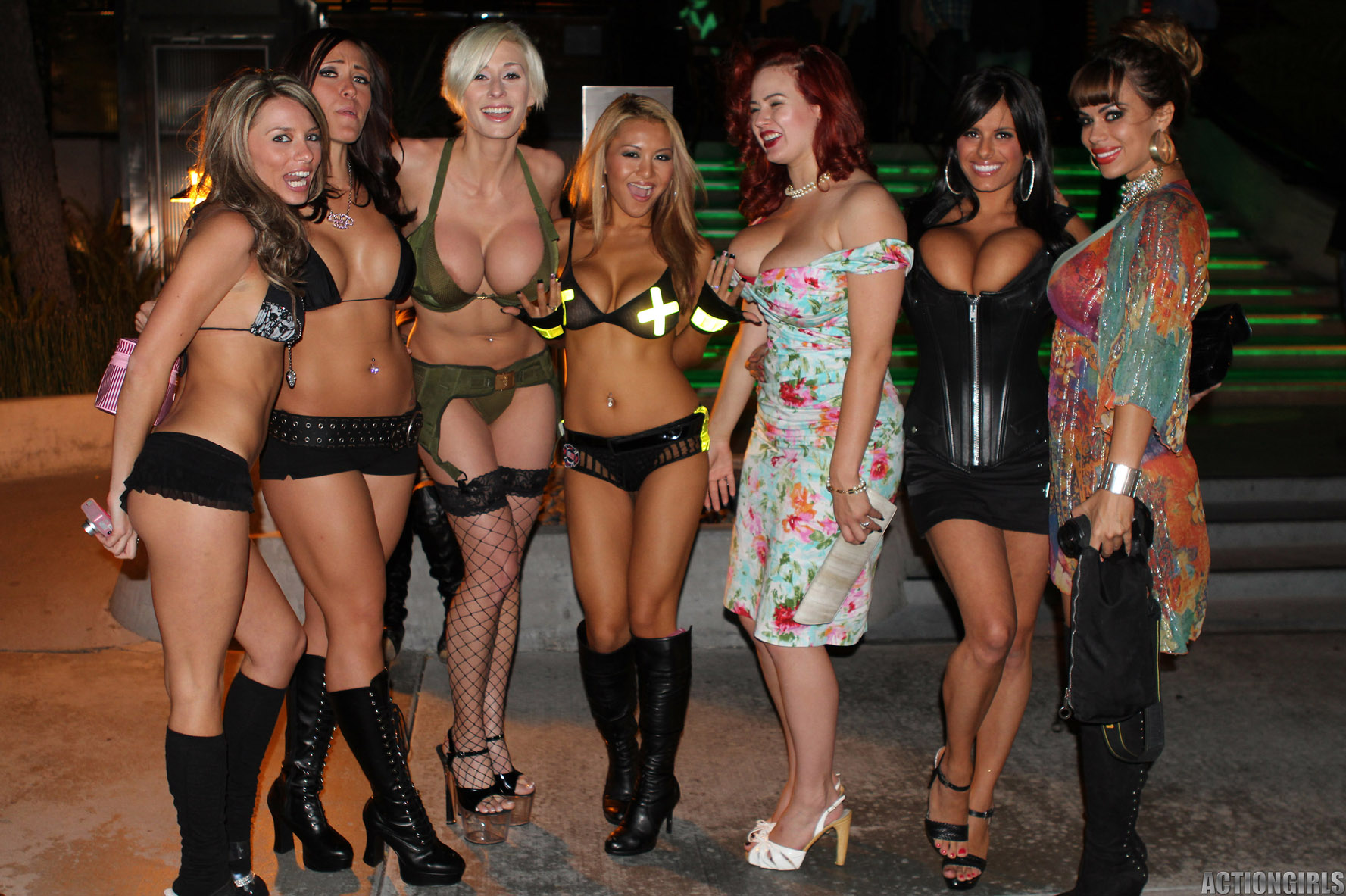 Girls of the play boy mansion xxx  nsfw movies