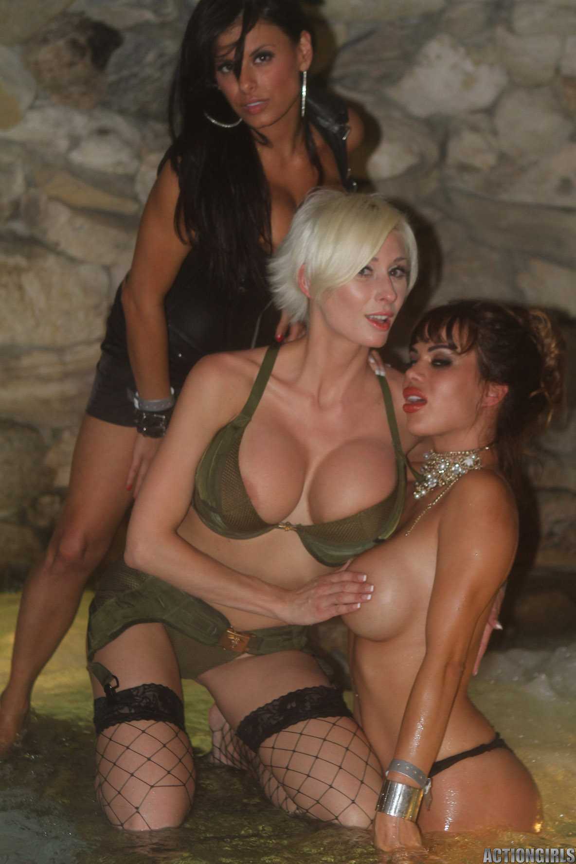 Playboy mansion pussy pics and videos hentia scenes
